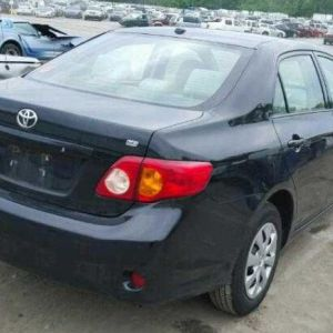 2010 Toyota Corolla additional image