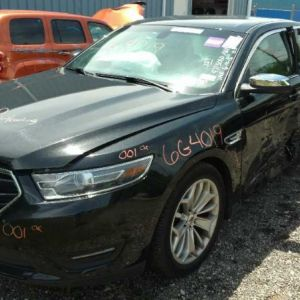 2015 Ford Taurus additional image