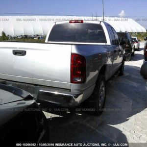 2004 Dodge Ram 1500 additional image