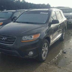 2011 Hyundai Santa Fe additional image